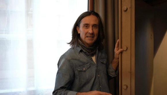 Neil Oliver in Native Glasgow Apartment